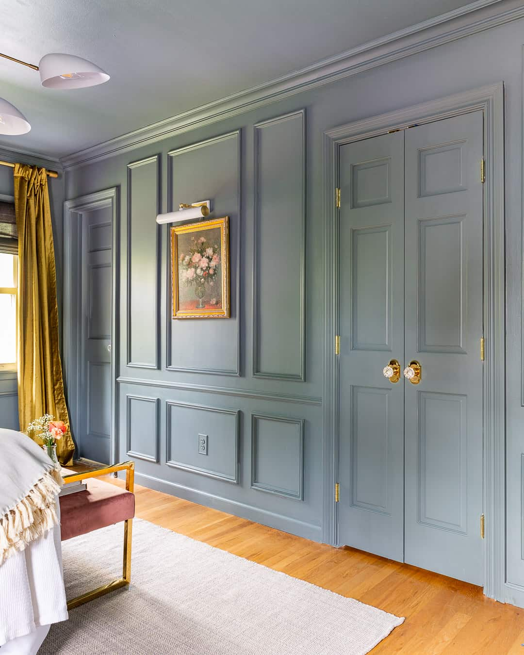 how to picture frame molding wall treatment