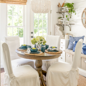 blue white table setting