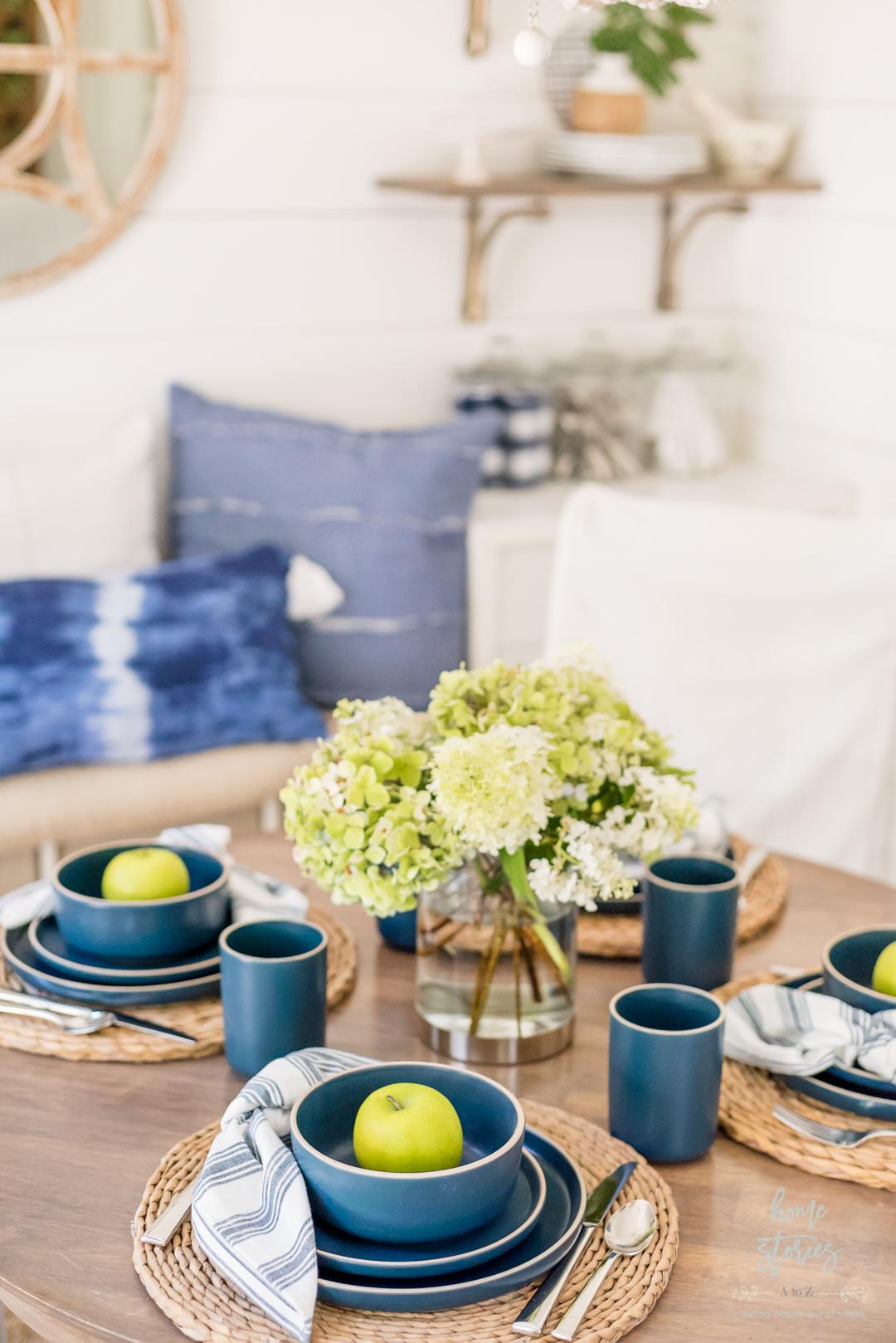 blue white summer table setting