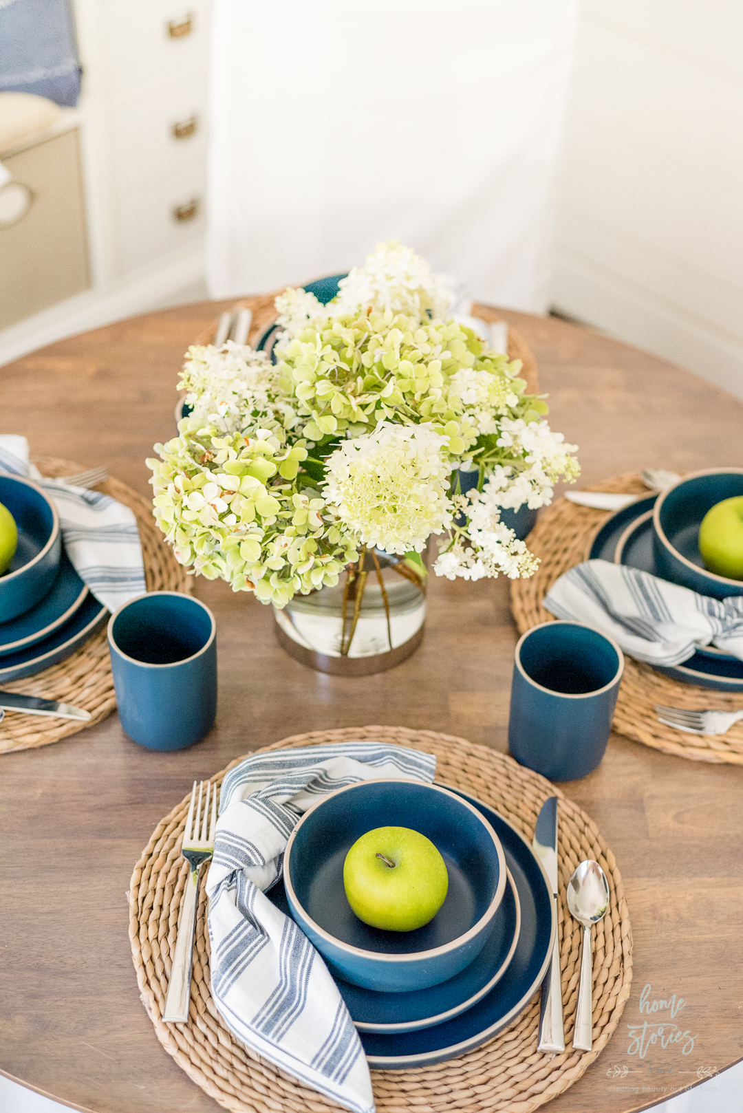 white green hydrangeas blue modern dishes