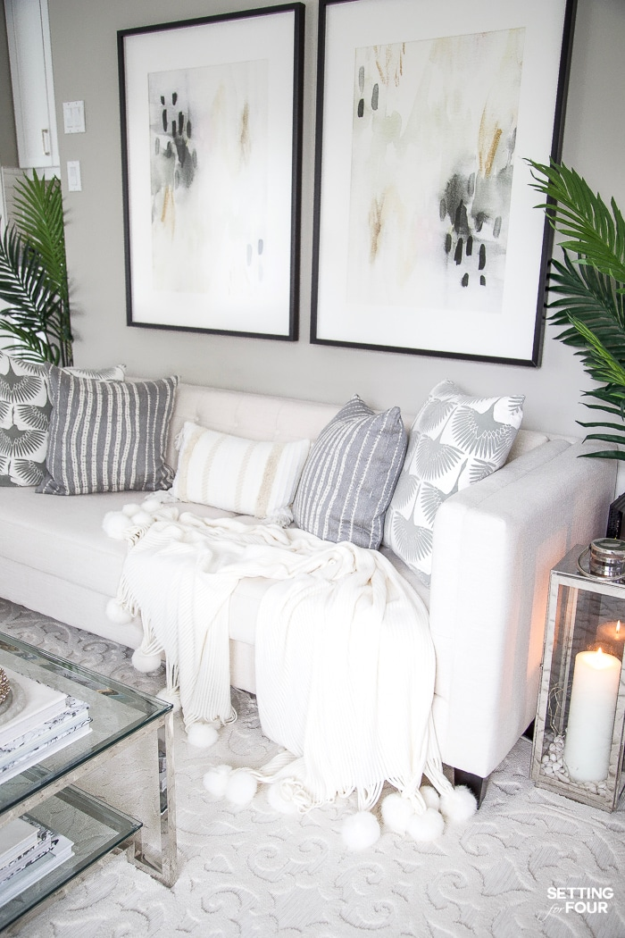 Fall Decor Ideas - Elegant Fall Living Room by Setting for Four